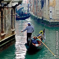 Modzakatsaɖilawo ɖo aklo si woyɔna be gondola