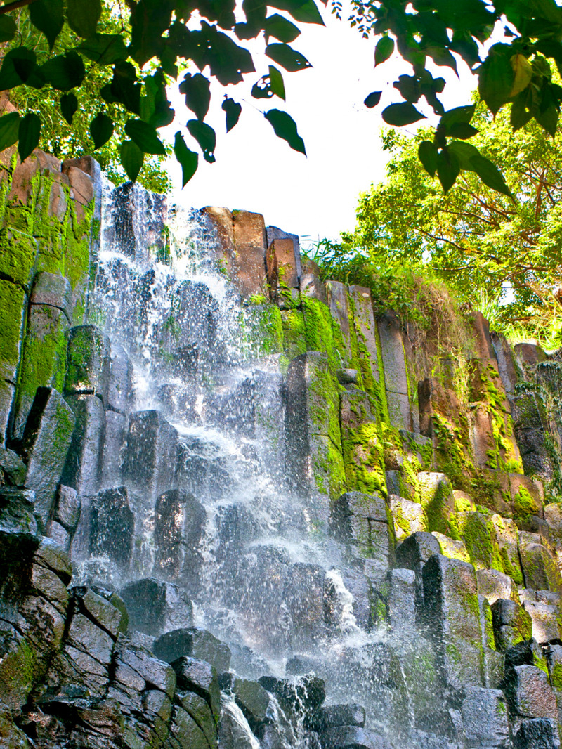 Cascada Los Tercios