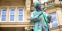 En statue av Joseph Priestley