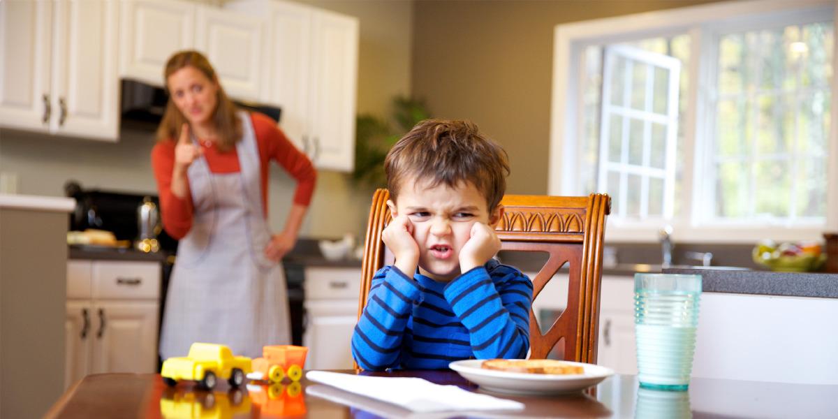 ลูกชายไม่เชื่อฟังแม่