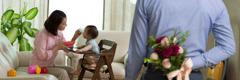 Egy férj szeretné meglepni a feleségét egy csokor virággal