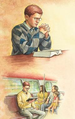 Un hombre orando antes de leer la Biblia