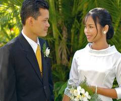Một cặp vợ chồng trong ngày cưới