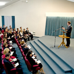 A meeting of Jehovah's Witnesses in New Zealand