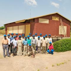 متطوعون لعمل بناء قاعات الملكوت في توغو