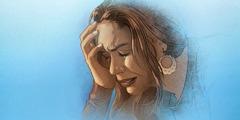 Una mujer padeciendo angustia y dolor