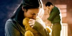 Муж и жена пате због губитка детета