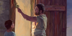 رجل اسرائيلي يضع دما على باب بيته
