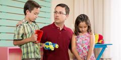 Un père qui aime ses enfants les corrige