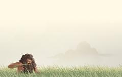 Nebukadnesar sitter på bakken og spiser gress som et dyr.