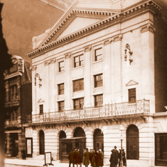 Het theater in New York van de Internationale Bijbelonderzoekersvereniging
