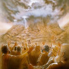 Bog z izraelskim narodom sklene Postavino zavezo pri gori Sinaj.