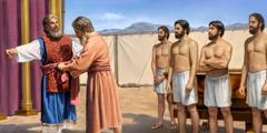 아론의 네 아들이 지켜보는 가운데 모세가 아론에게 대제사장의 옷을 입혀 주는 장면