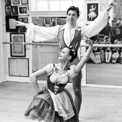 David and Gwen Cartwright perform as ballet dancers