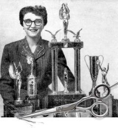 Melita Jaracz med de priser hon vunnit som frisör.