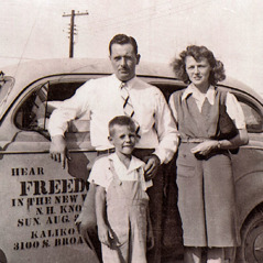 Thomas McLain with his parents in the 1940's