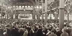 Η κατάμεστη αίθουσα στη συνέλευση στο Σίνταρ Πόιντ του Οχάιο το 1922