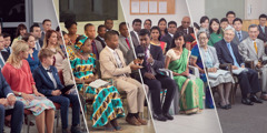 Oameni din diferite țări asistând la Comemorare
