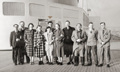 Edward Bazely no ema seluk atu sa'e ró Queen Elizabeth atu ba tuir Eskola Gilead