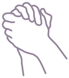 مردی در دعا دستانش را به هم گرفته است