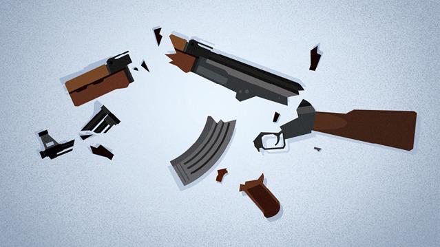 Un rifle de asalto hecho pedazos