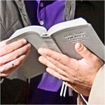 Sebuah Bible yang dibuka