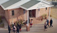 Wanem Nao Mifala Duim Long Kingdom Hall?