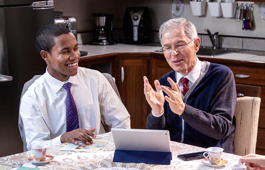 Mejore sus habilidades en el ministerio: Predique por videollamada