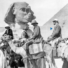 Dxi'ba' Joseph Rutherford ne xcaadxi hermanu camellu gaxha de ti lugar ni runibiá'cabe casi la Gran Esfinge de Guiza.