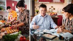 Ensemble d'illustrations: 1)Un mari est heureux d'aider sa femme à préparer le repas. 2)Ce mari et sa femme prennent plaisir à étudier ensemble dans le cadre de leur culte familial.