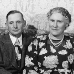 Kenneth Little's parents