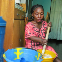 Sarah Maiga making soap