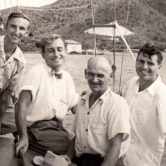 Plaub tug kwvtij uas caij lub nkoj Sibia: Ron Parkin, Dick Ryde, Gust Maki, thiab Stanley Carter