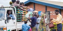 Ira Samaduhuö Yehowa ba Balai Mbanua Lowalangi, labee gama-gamara ba wanolo ndra pengungsi