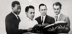 Felix Fajardo dingangu manga hapịe su Sekolah Gilead taung 1952