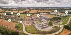 Ett flygfoto över Jehovas vittnens nya avdelningskontor i Storbritannien.