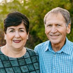 Альта и ее муж Янни.