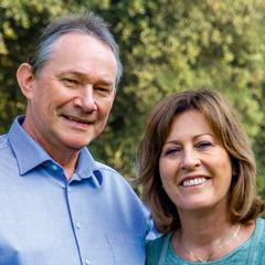 Айван и его жена Ив.