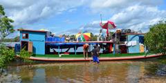 Egy tanúskodáshoz használt csónak a Xingu folyón