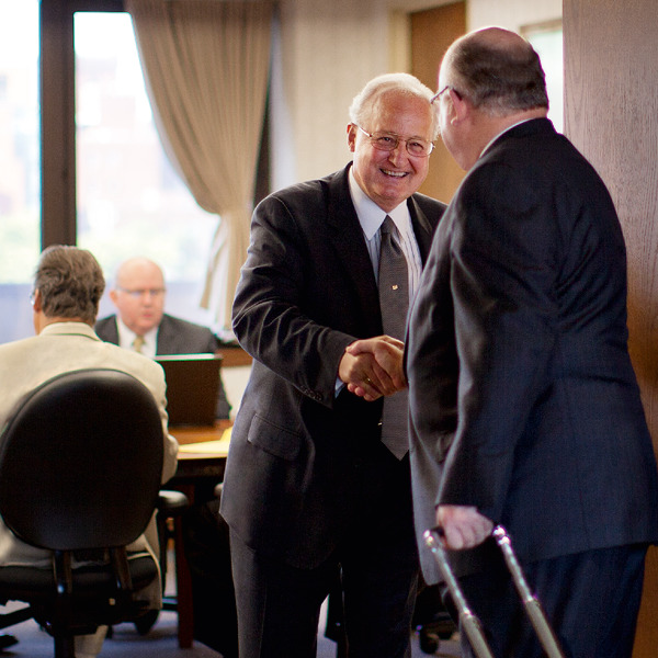 What Is the Governing Body of Jehovah's Witnesses? | FAQ