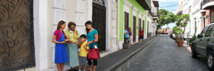 Jehovah's Witnesses preaching in Puerto Rico