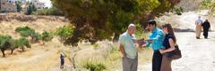 Mga Saksi ni Jehova nga nagsasangyaw ha Palestinian Territory