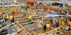 Arbeiter beim Bau eines Gebäudes