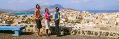 Martori ai lui Iehova predicând în Capul Verde