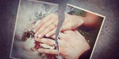 Una foto de casament trencada en dos