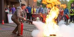 Sessão prática de combate a incêndios na filial das Testemunhas de Jeová em Selters, na Alemanha