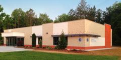 Sarong Kingdom Hall sa Flowery Branch, Georgia, U.S.A.