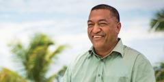Solomone Tonga núna.