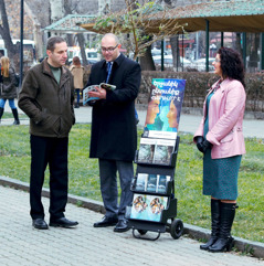 Artur and Anna resume public witnessing