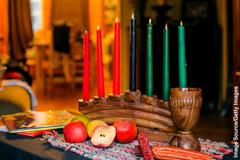 Gegenstände, die zum Kwaanzafest gehören